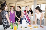 Burlesque vrijgezellenfeest met visagie workshop