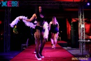 modeshow burlesque fashion