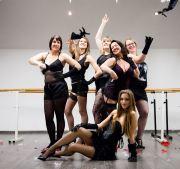 burlesque ladies fun kamaworld